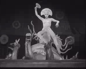 Metropolis Veil Dance